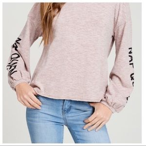🤗Super Cute and Cozy Nap Queen Sweater!!🤗😴
